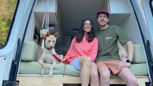Дом на колесах для собак: как пара из Канады путешествует и спасает песиков